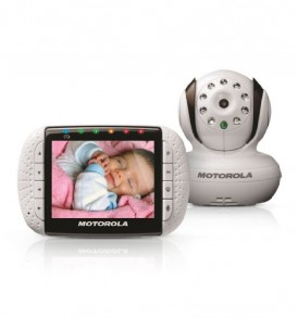 Motorola-MBP36-Remote-Wireless-Video-Baby-Monitor-with-35-Inch-Color-LCD-Screen-Infrared-Night-Vision-and-Remote-Camera-Pan-Tilt-and-Zoom-0