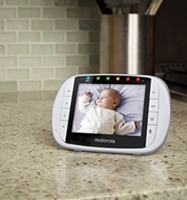 Motorola-MBP36S-Remote-Wireless-Video-Baby-Monitor-with-35-Inch-Color-LCD-Screen-Remote-Camera-Pan-Tilt-and-Zoom-0