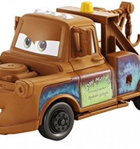 Disney-Pixar-Cars-3-Transforming-Mater-Playset-0