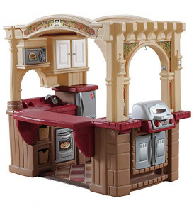 Step2-Grand-Walk-in-Kitchen-and-Grill-BrownTanMaroon-0